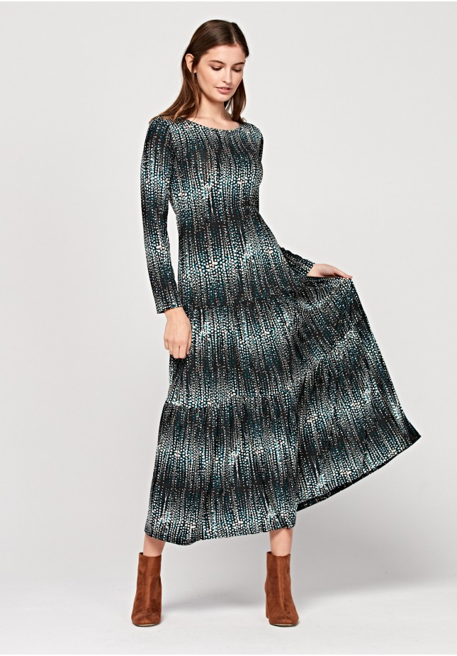 Długa sukienka w plamki