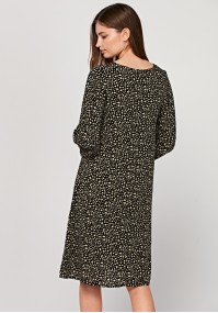 Loose dress with spots