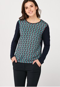 Loose blouse with rossets