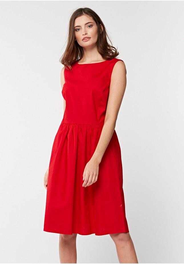 Lniana czerowna sukienka