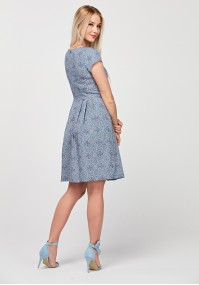 Elegancka odcinana sukienka