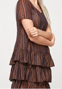 Brązowa sukienka z falbanami