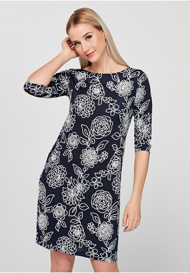 Fitted dress with flowers