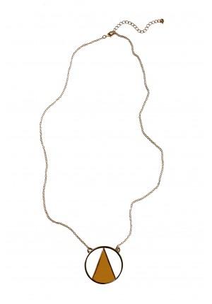 Naszyjnik z kremowym trójkątem