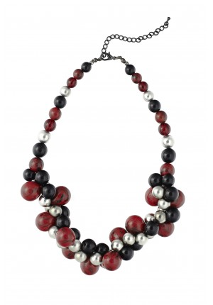 Necklace with red and silver corals