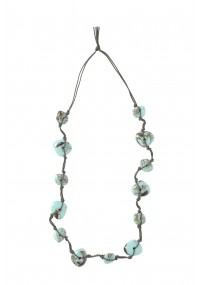 Necklace with turquoise stones