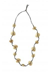 Necklace with beige stones