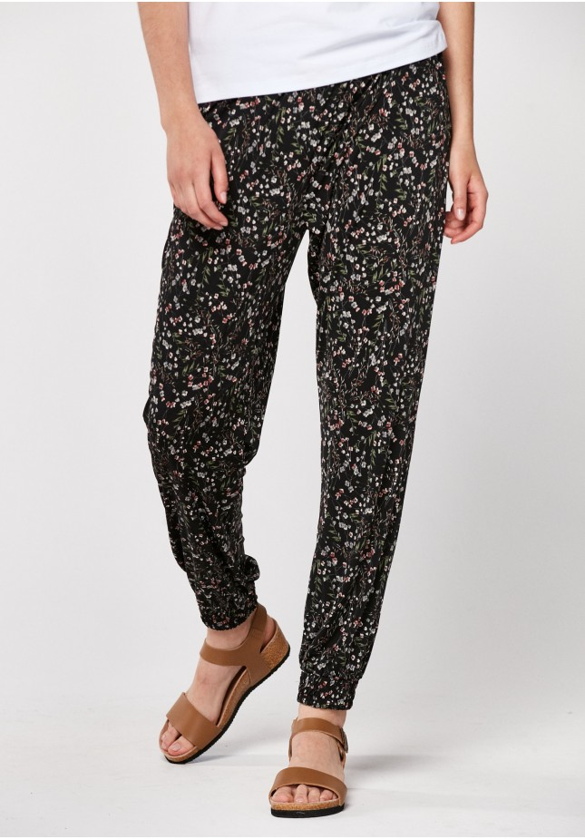 Home pants with flowers