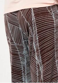 Brązowe spodnie domówki