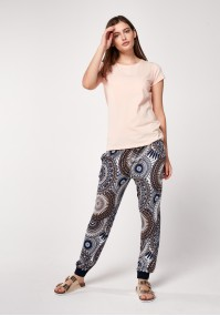 Home pants with rosettes