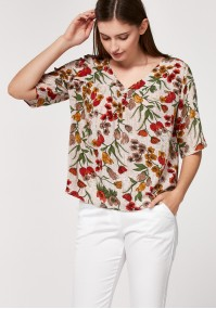 Blouse with red flowers