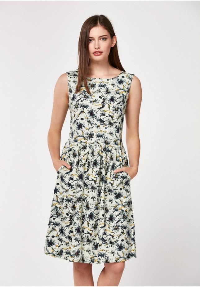 Lniana sukienka w kwiaty