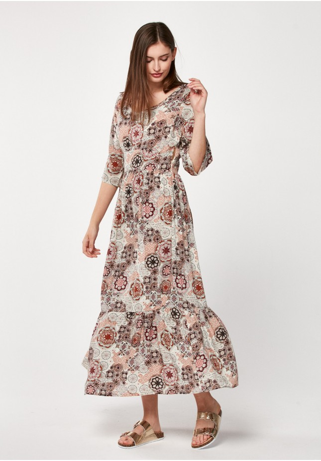 Maxi dress with ornamental pattern