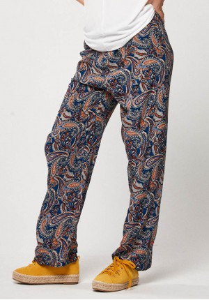 Home pants with paisley