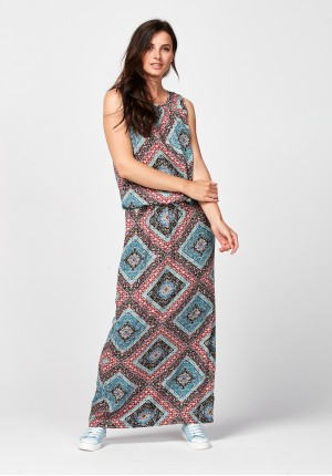Maxi dress with geometrical pattern