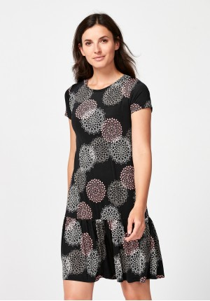 Dress with rosettes
