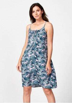 Letnia różowa sukienka na ramiączkach z kieszeniami
