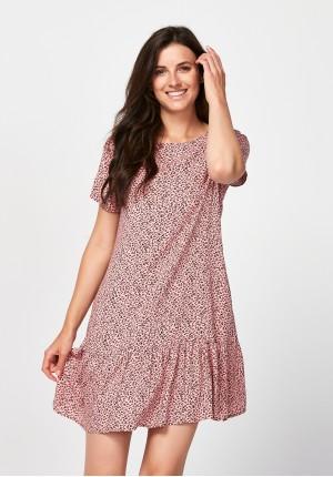 Różowa sukienka w panterkę