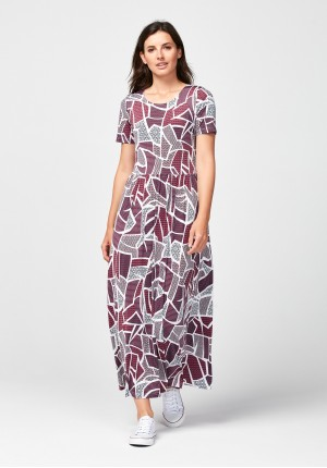 Maxi dress with pink pattern