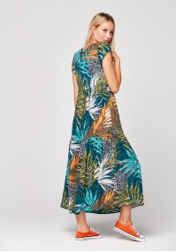 Maxi dress with tropical pattern