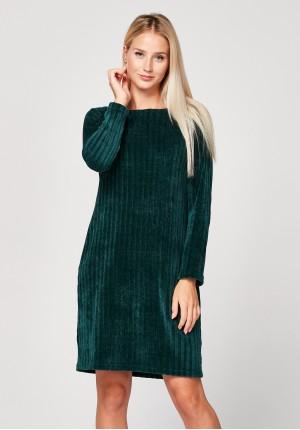 Prosta zielona sukienka z dzianiny