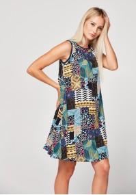 Swobodna kolorowa sukienka