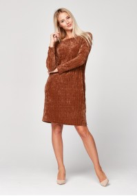 Simple brown knitted dress
