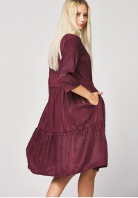 Trapezoidal burgundy dress