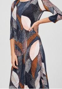 Prosta sukienka w liście