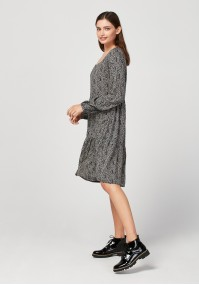 Dress with square neckline