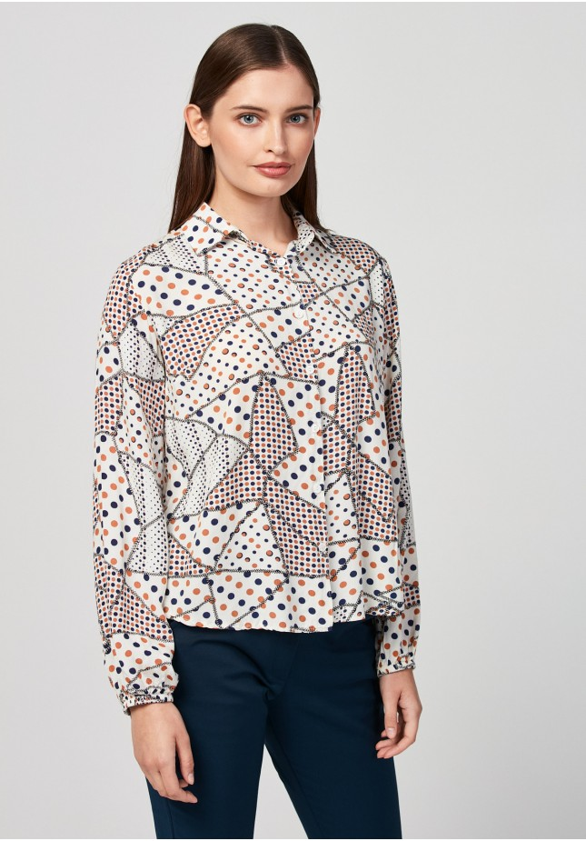 Shirt with dots