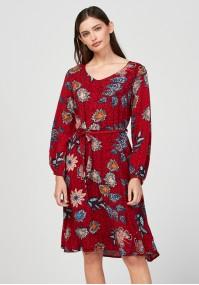 Wiązana czerwona sukienka