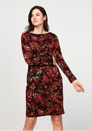 Dress with autumn leaves