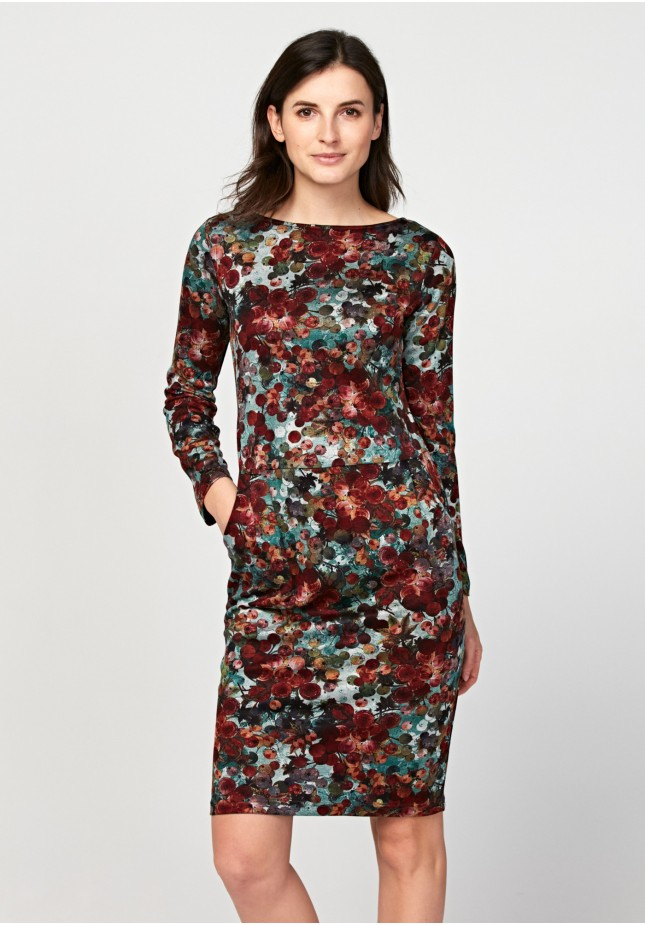 Dress with colorful spots and pockets