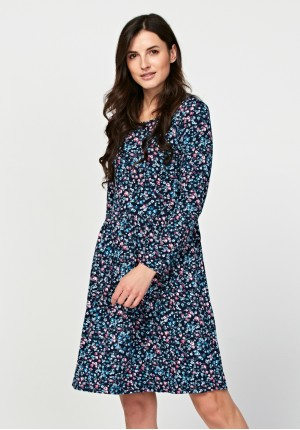 Odciana sukienka w kwiatki