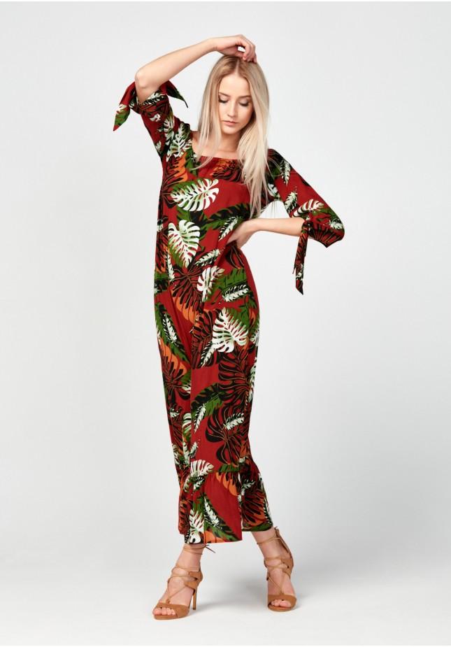 Off the shoulders maxi dress