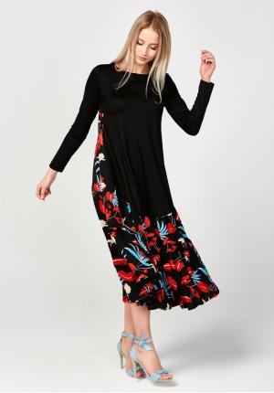 Długa sukienka z kolorowym tyłem