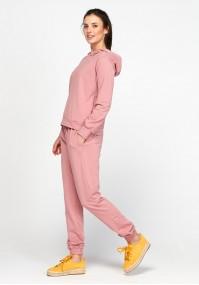 Różowe spodnie domówki