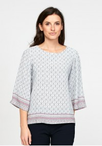 Blouse with geometrical pattern