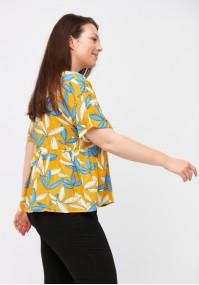 Żółta bluzka w listki