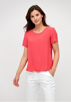 Letnia różowa bluzka