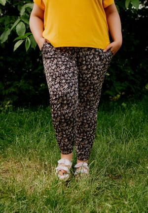 Pants with flowers