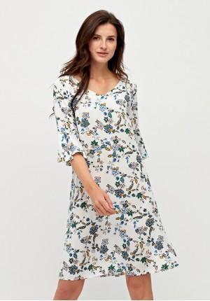 Luźna biała sukienka