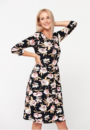 Dress with white and pink flowers