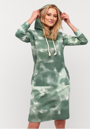 Green tie-dye dress