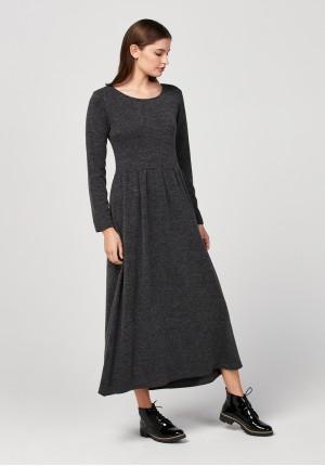 Maxi dzianinowa sukienka